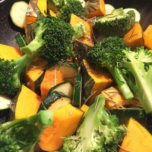 ハーブでお料理!初夏の野菜を使った時短ラタトゥイユ